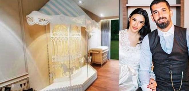 Hamza Arda'nın lüks odası