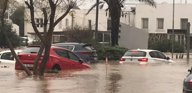 Bodrum'da yağış esareti!..