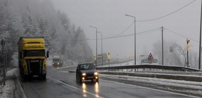 Bolu Dağı'nda kar yağışı başladı!
