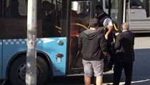 Halk otobüsü şoförü gaziyi aşağı indirdi