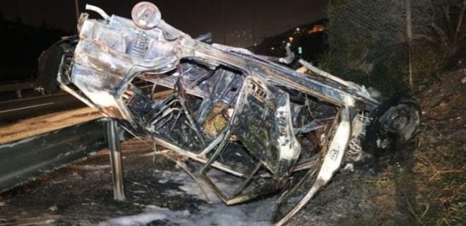 Takla atan araç yanarak küle döndü: 4 yaralı