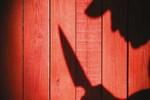 12 yıllık eşini 17 yerinden bıçaklayarak öldürdü!