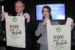Tuba Ünsal'dan 10 bin poşet gücünde çanta