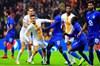Galatasaray, büyük çekişmeye sahne olan maçta Porto'ya 3-2 mağlup oldu. Sarı kırmızılılar...