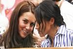 Meghan Markle ile Kate Middleton birbirlerine düştü!