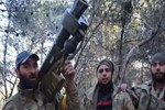 ABD'nin teröristlere verdiği silahlar ele geçirildi