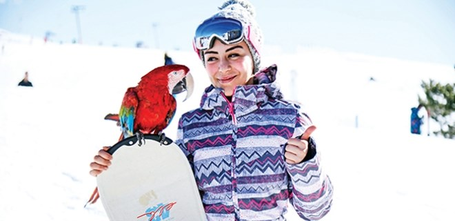 Fatma İşcan'ın renkli kayak arkadaşı