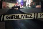 Şakalaştığı kız arkadaşını tabancayla alnından vurdu!