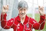 Beşiktaş'ın 39 yıllık emektarı Süreyya Soner