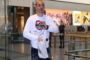 Aatif Chahechouhe'in aklı akıllı telefonlarda