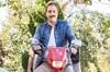 """Çekimleri Muğla'da gerçekleşen TRT 1'in sevilen dizisi Kalk Gidelim'de """"Seyfettin'' karakterini..."""