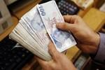 Emekli maaşı 400 lira artıyor