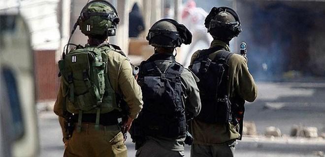Batı Şeria'da 5 Filistinli yaralandı