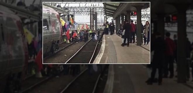 PYD/PKK yandaşları tren istasyonlarını işgal etti