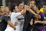 Mesut Özil'den David Villa'ya ağır sözler!