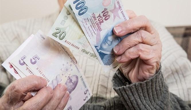 Yaşlıya 797 lira maaş!