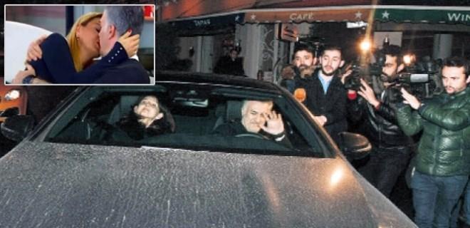 Tamer Karadağlı 'öpüşme sorusu'nu havada bıraktı!