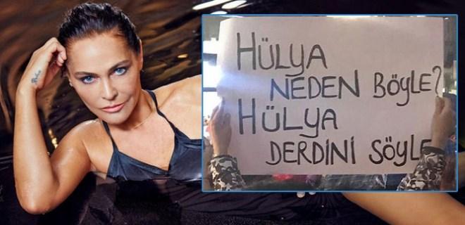 8 Mart yürüyüşünde Hülya Avşar'a olay gönderme
