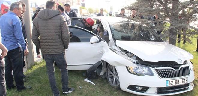 Kırmızı ışıkta sızan sürücüyü polis uyandırdı!