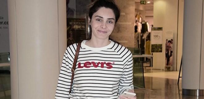 Nur Fettahoğlu'nun tek başına alışveriş turu
