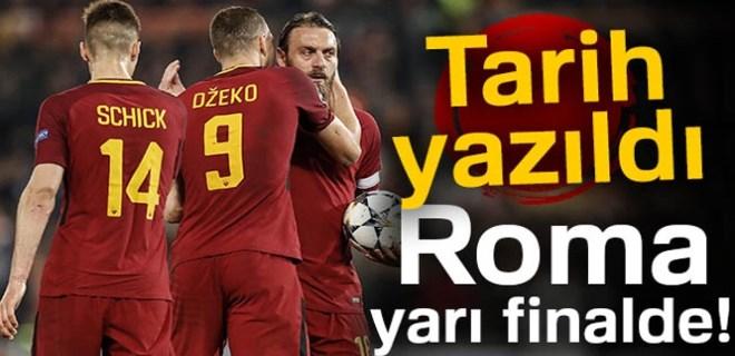 Roma yarı finalde!
