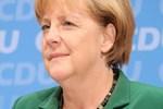 Angela Merkel Suriye kararını açıkladı