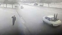 Vali'ye selam veren polise araba çarptı!