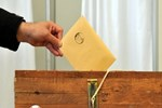 Erken seçim önergesi komisyonda oy birliğiyle kabul edildi