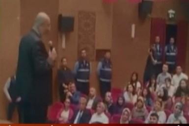 İstiklal Marşı ile ilgili sözleri salonu boşalttırdı!