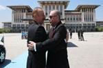 Aliyev Külliye'de resmi törenle karşılandı