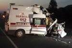 Ambulans TIR'a çarptı 1 sağlık personeli hayatını kaybetti!
