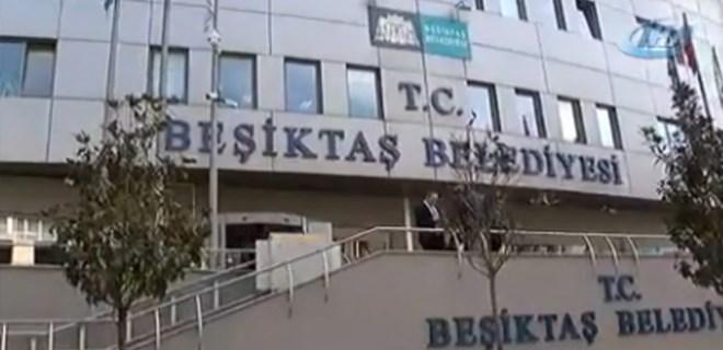 Polisler, Beşiktaş Belediyesi'nde arama yapıyor!