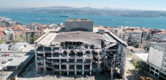 AKM'de yıkım 1 ay içerisinde tamamen bitmiş olacak!