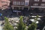Almanya'da bir araç kalabalığa daldı