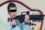 Tüfekli poz lise öğrencisini katil etti!