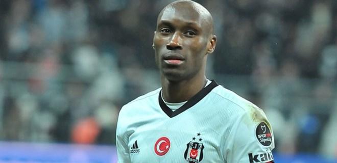 Atiba Hutchinson, Beşiktaş'a veda ediyor