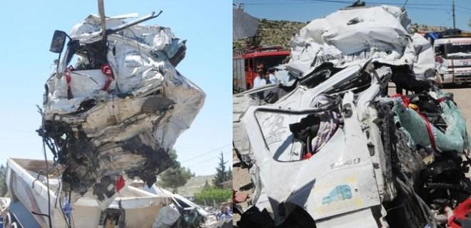 İki TIR çarpıştı; akraba sürücüler öldü