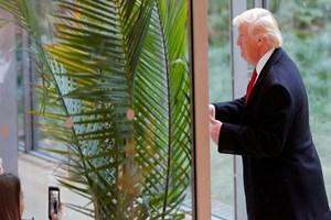 Trump'ın golf kulübünde silah sesleri yükseldi
