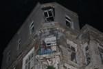 Kadıköy'de 200 yıllık tarihi bina çöktü!
