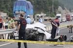 Feci kazada ölen genç kızların kimlikleri belirlendi