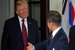 Trump Güney Kore Devlet Başkanı Moon ile görüştü