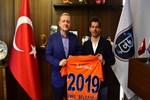Emre Belözoğlu 1 yıl daha Başakşehir'de!