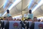 Sarhoş yolcu, uçağın kapısını açmaya çalıştı!
