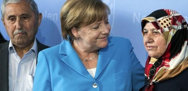 Mevlüde Genç'ten Almanya'ya insanlık dersi