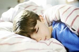 Karanlıkta uyumak kanserden koruyor