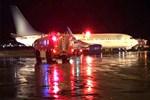 Uçakta yangın paniği!