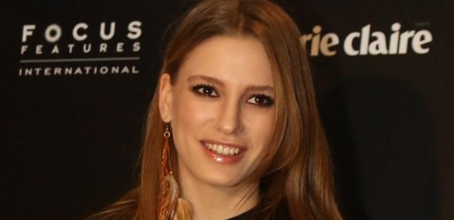 Serenay Sarıkaya Cannes yolcusu