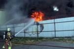 İstanbul'da dev fabrika yangını!