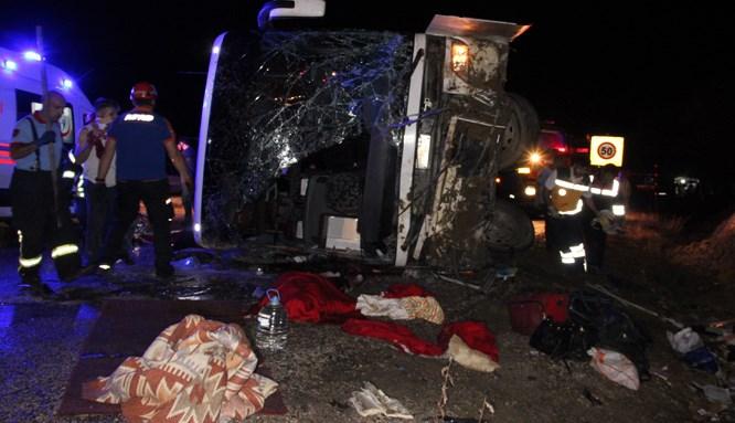 Karaman'da kan donduran trafik kazası!
