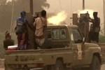 Suudi koalisyonu Yemen'deki havalimanına saldırdı!